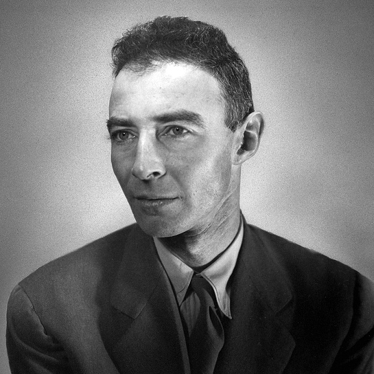 robert oppenheimer manhattan project Robert oppenheimer was put in charge of putting the pieces together at los alamos after the final bill was tallied, nearly $2 billion had been spent on research and development of the.